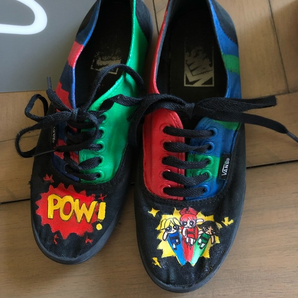 98888b5515228 Hand painted powerpuff girls black laced low vans